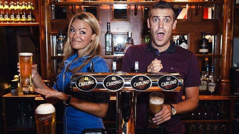 Soccer AM's Laura Woods and Adam Smith will present Carling In Off The Bar