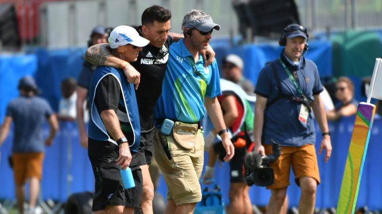 Sonny Bill Williams limps out of the Olympic sevens