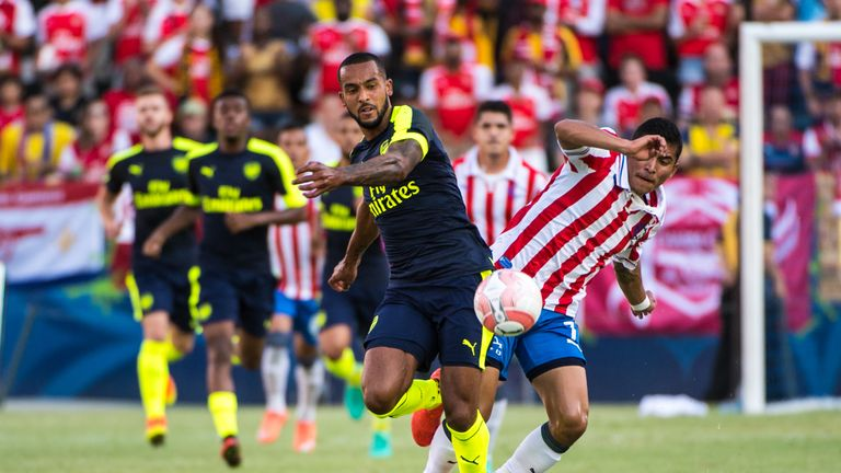 Theo Walcott has expressed his desire to play as a winger this season