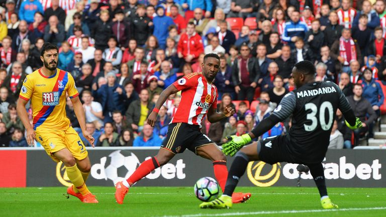 Sunderland may be struggling, but only four players have scored more league goals than Jermain Defoe in 2016/17