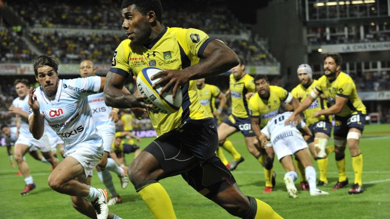 Noa Nakaitaci has started the Top 14 season with 5 tries in 4 appearances