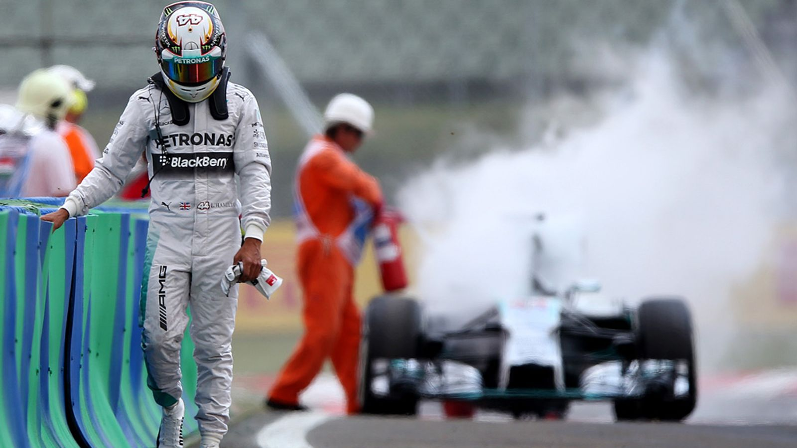 7f001a9f068 F1 2016  Just how unlucky has Lewis Hamilton been this season