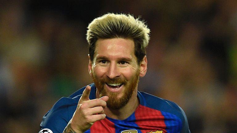Messi celebrates his 37th Barcelona hat-trick