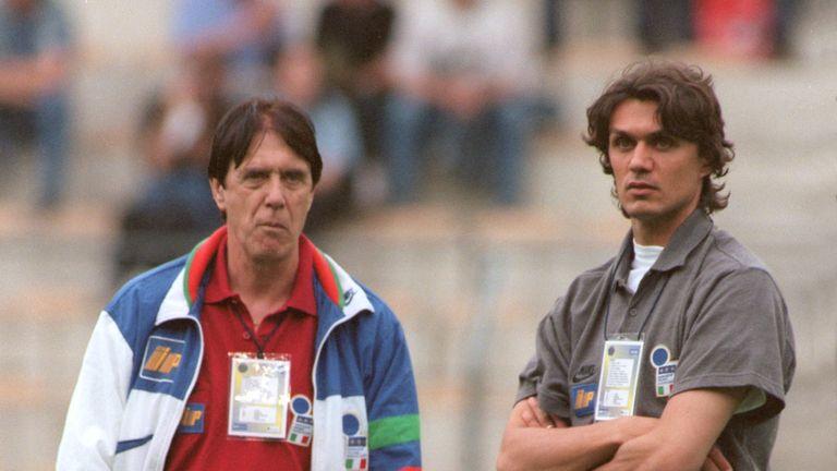 Paolo Maldini jugó con su padre Cesare a nivel de club e internacional.