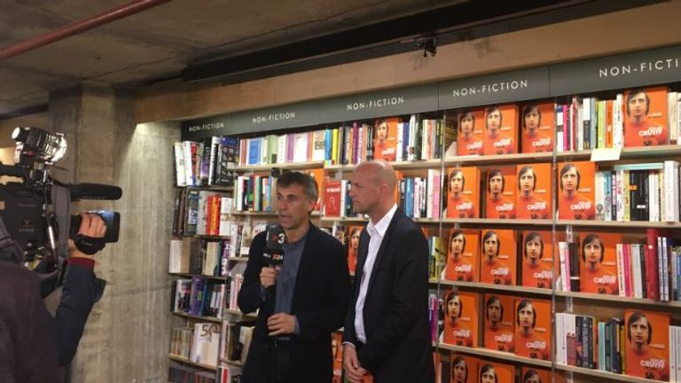 Jordi Cruyff speaks at the launch of his father's autobiography in London