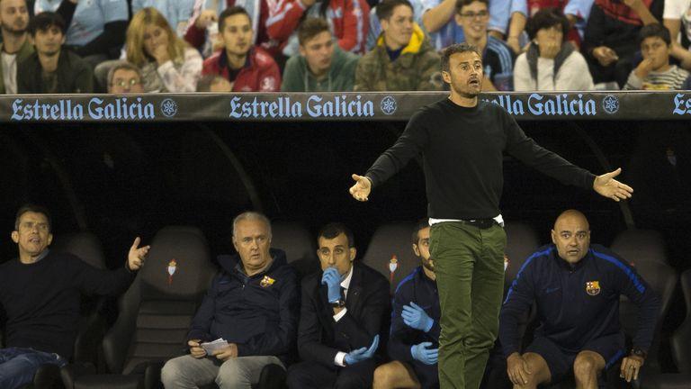 Luis Enrique shows his frustrations during Barcelona's defeat to Celta Vigo