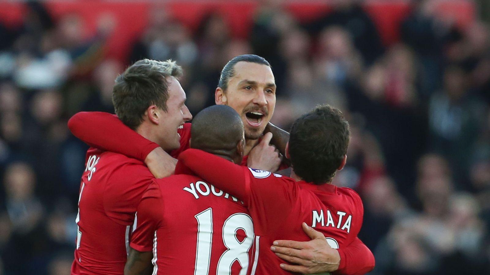 Swansea 1 - 3 Man Utd - Match Report & Highlights