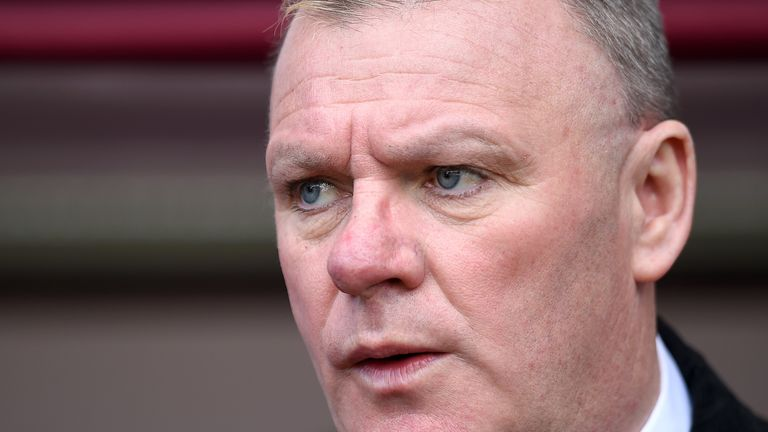 Steve Evans believes Leeds fans will be disappointed to see Monk move on