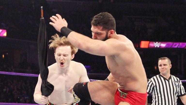 Daivari kicks Gallagher in the knee