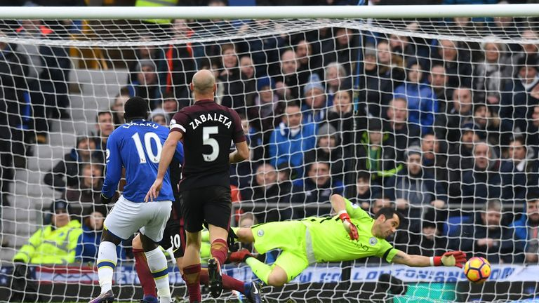Carragher thought Bravo should have prevented Romelu Lukaku's goal