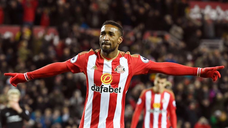 Jermain Defoe celebrates after converting his penalty to level the score at 2-2 against Liverpool