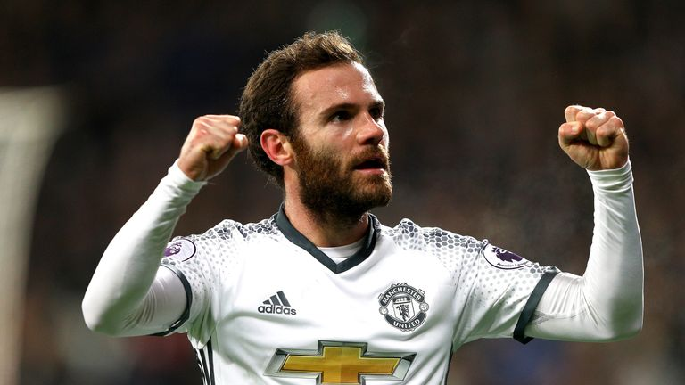 Juan Mata celebrates after giving Manchester United a 1-0 lead
