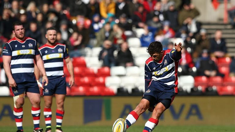 Henson kicked 12 points to boost Bristol's survival hopes