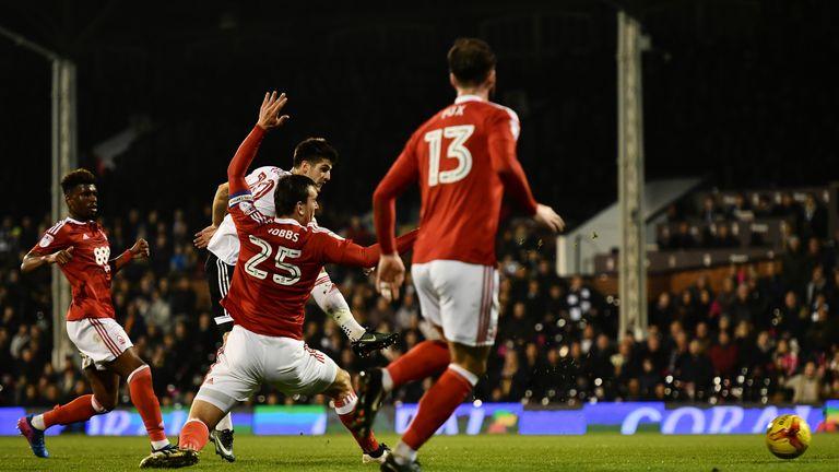 Lucas Piazon scores for Fulham