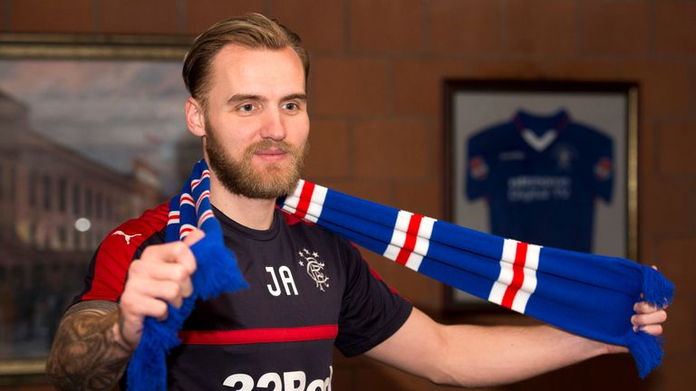 New Rangers goalkeeper Jak Alnwick gets familiar with his new surroundings