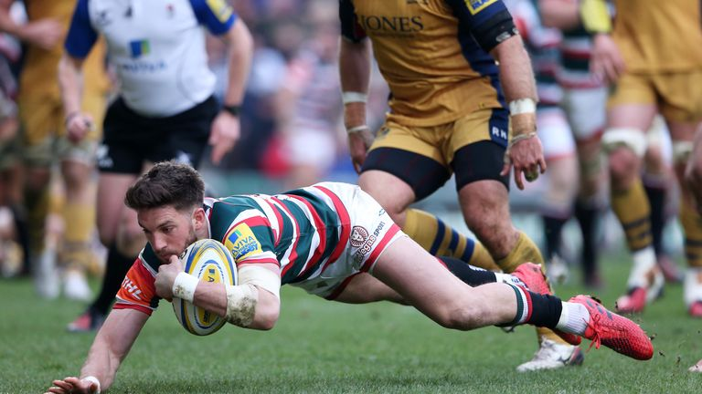 Owen Williams scores Leicester's second try