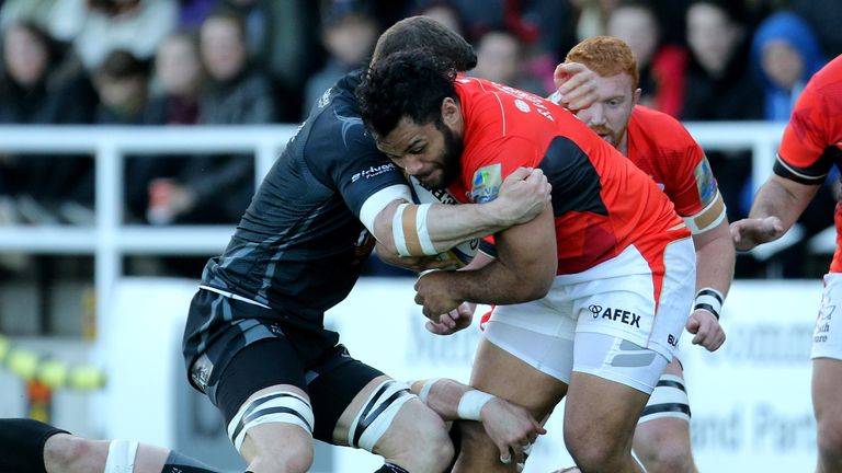 Billy Vunipola takes on the Newcastle defence