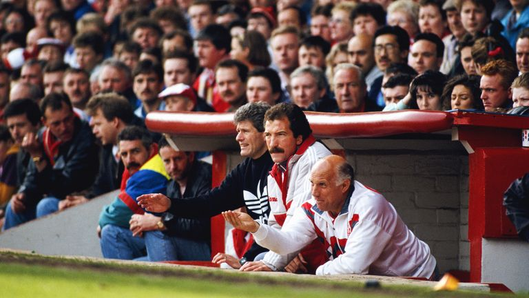Souness (C) with backroom staff Phil Boersma (L) and Ronnie Moran (R)