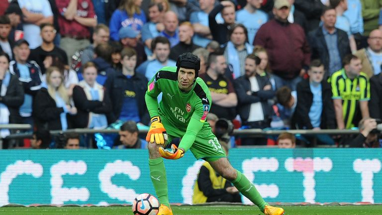 Petr Cech went out of his way to contact Mason