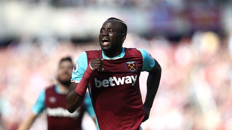 Cheikhou Kouyate celebrates his winner against Swansea