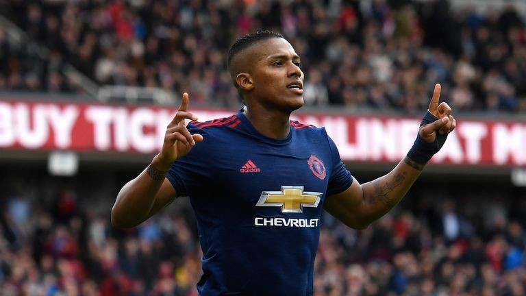 Antonio Valencia is staying at Manchester United until June 2019