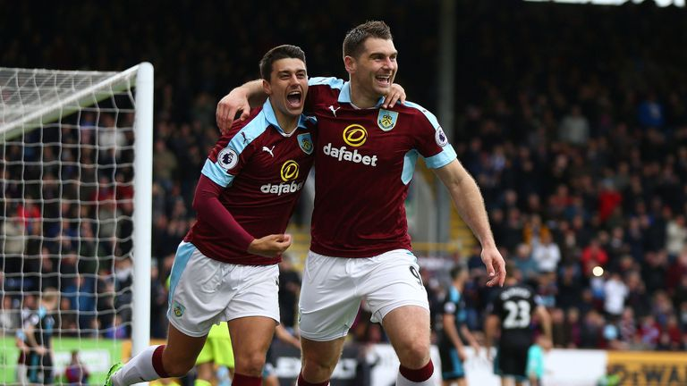 Sam Vokes celebrates Burnley's opening goal