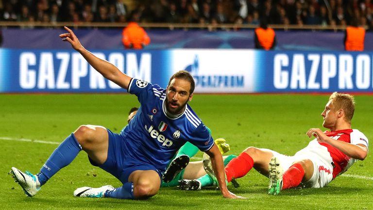 Gonzalo Higuain struck twice in the first leg against Monaco