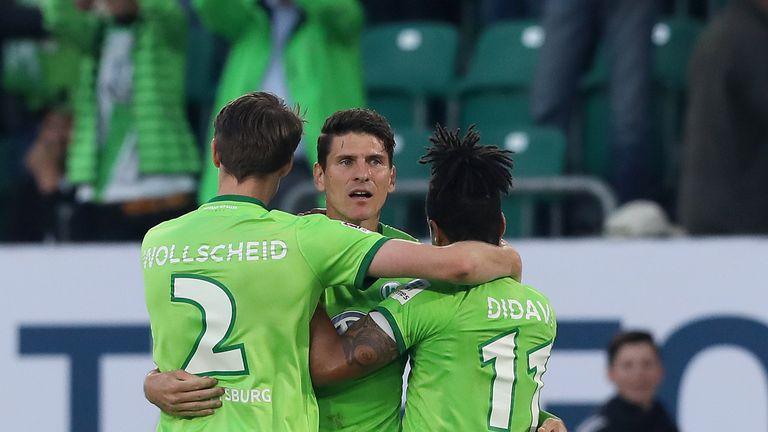 Wolfsburg beat Eintracht Braunschweig 1-0