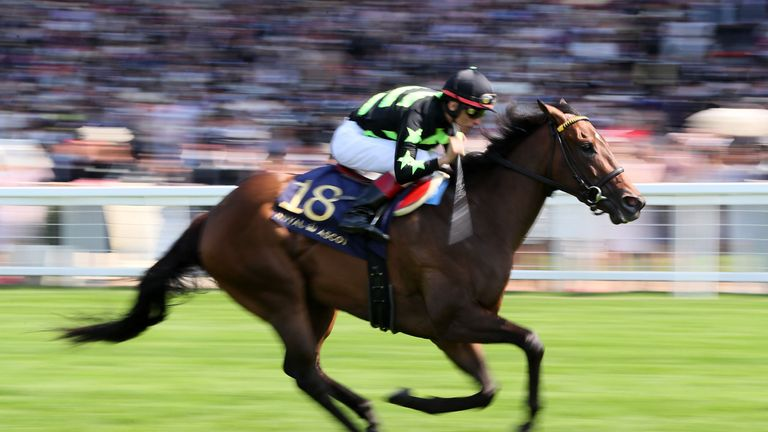 Lady Aurelia on her way to winning the King's Stand Stakes
