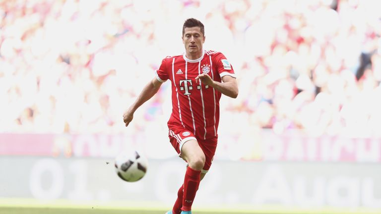 Robert Lewandowski has picked up a thigh injury and will not face Celtic