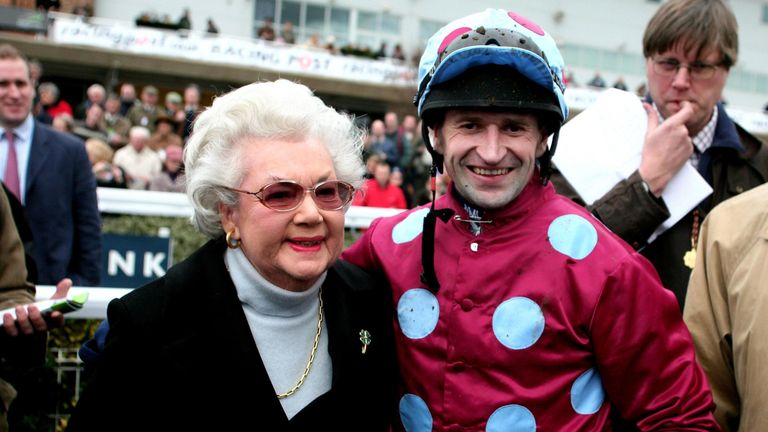 Andrew Thornton (left) with Mercy Rimell in 2007