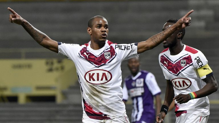 Bordeaux's Uruguyan forward Diego Rolan is on the verge of a move to Fulham, according to Sky sources