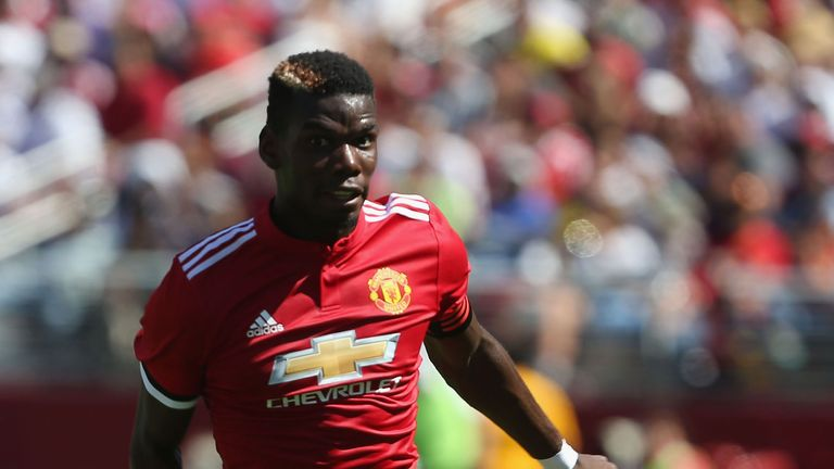 Pogba says he wants Manchester United to return to the team they were 'back in the day'