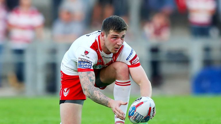 Can St Helens centre Mark Percival force his way into Wayne Bennett's plans?
