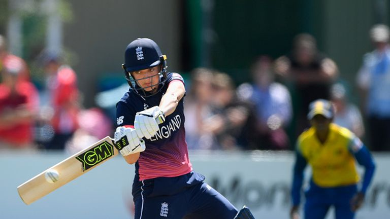 Sarah Taylor helped England Women thrash Sri Lanka by seven wickets at the Women's World Cup