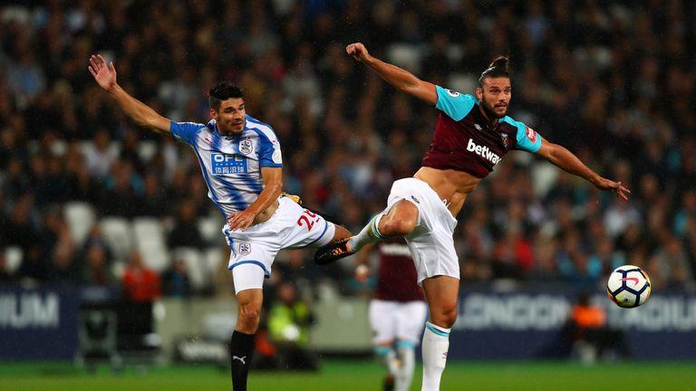 Andy Carroll says West Ham's players still back Slaven Bilic
