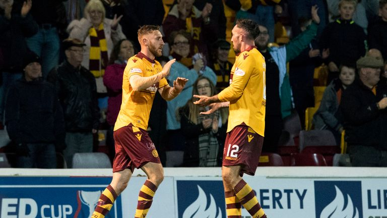 Ryan Bowman (L) and Louis Moult have built-up a successful partnership for Motherwell this season, with sixteen goals between them in 2017/18