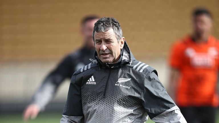 Former All Blacks assistant Wayne Smith has been working with Italy