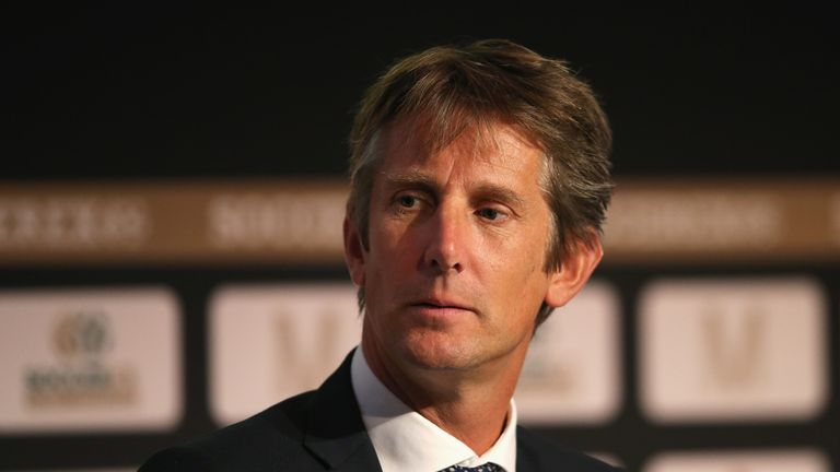 Edwin van der Sar is happy at Ajax but would be interested in a future role at Manchester United