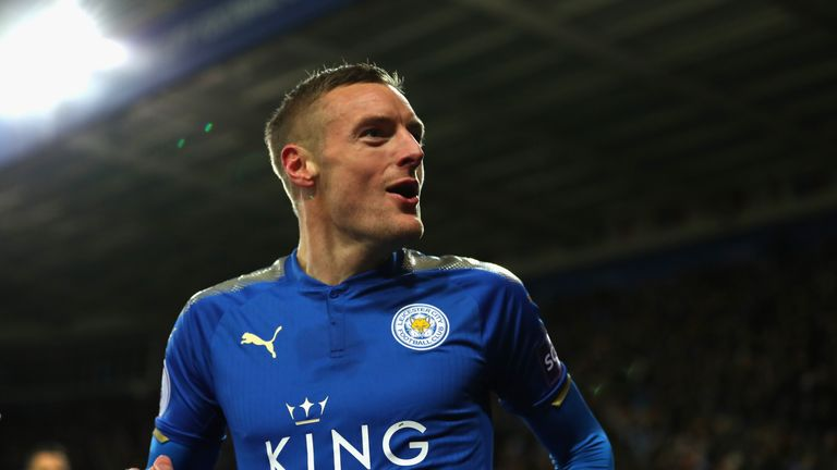 Manchester United have reportedly made a move for Leicester striker Jamie Vardy