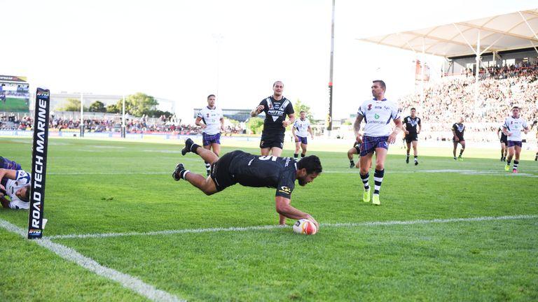 Peta Hiku scored a hat-trick for the Kiwis