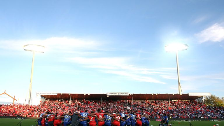Tonga and Samoa joined together in a prayer pre-match in a wonderful atmosphere