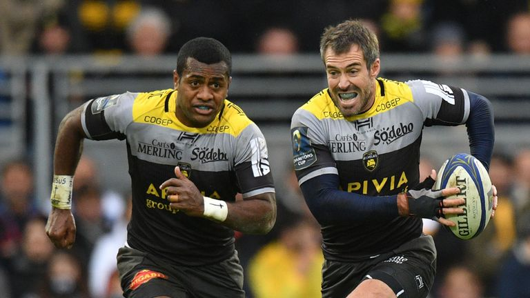 La Rochelle's Brock James goes on the attack with Kini Murimurivalu in support