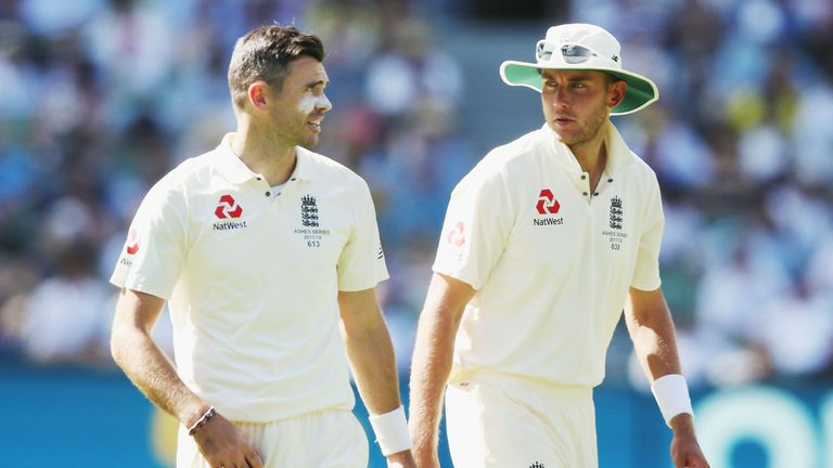Stuart Broad (R) and James Anderson enjoyed a good day two at the MCG