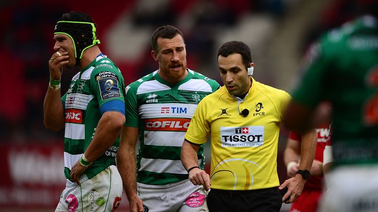 Benetton's Francesco Minto was shown a red card by referee Mathieu Raynal after just 24 minutes
