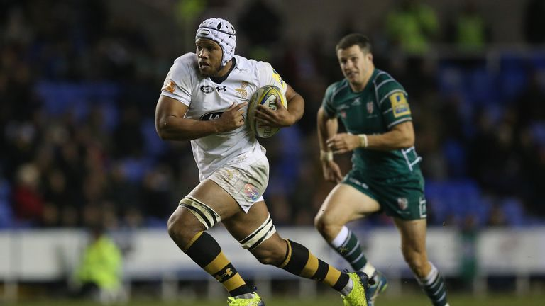 Nizaam Carr on the attack for Wasps