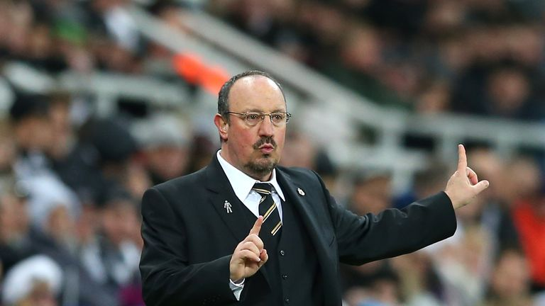 Benitez admits his side needs to learn to chase games in the right manner