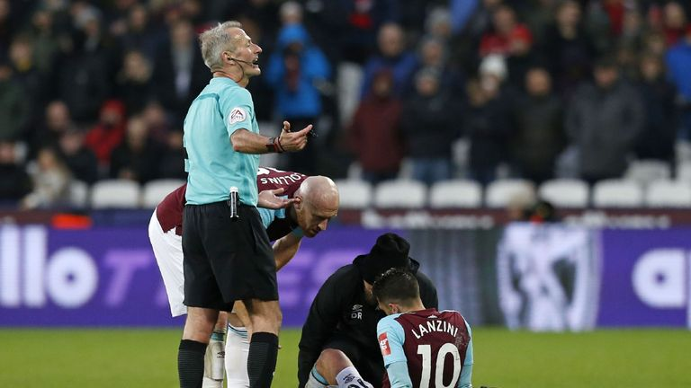 Manuel Lanzini appeared to pull his hamstring in the second half against Bournemouth