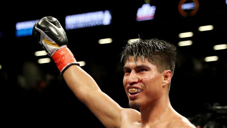 Mikey Garcia says his lightweight showdown with Jorge Linares will take place in the summer