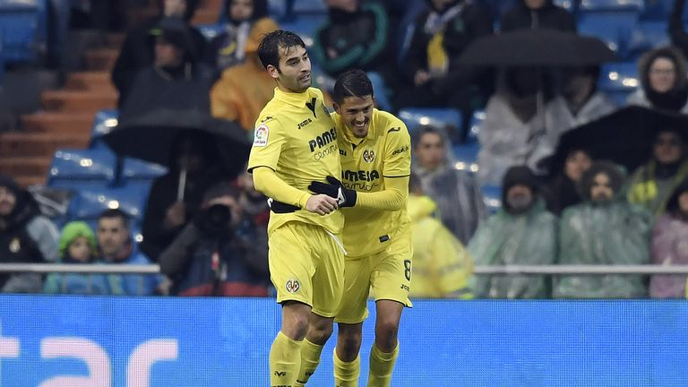 Pablo Fornals (R) scored Villarreal's winner